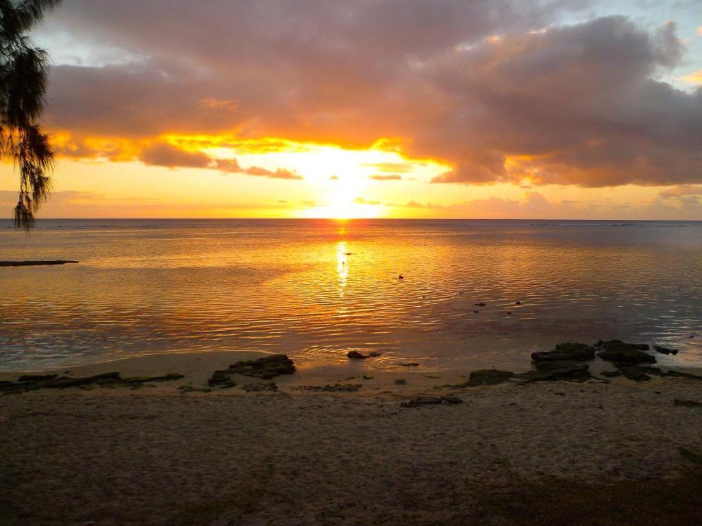 Silver Sands Apartments Flic En Flac Mauritius Booking Com