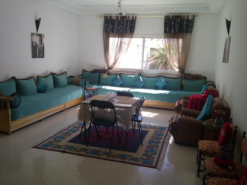 Meknes appartement mekn s tarifs 2018 for Salon zen rabat tarifs