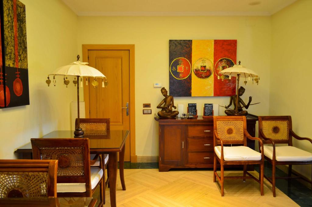 boutique hotels in málaga  286
