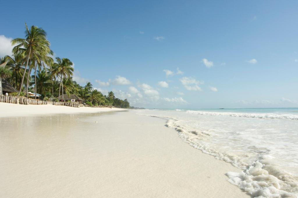 Bluebay Beach Resort Amp Spa Kiwengwa Tanzania Booking Com