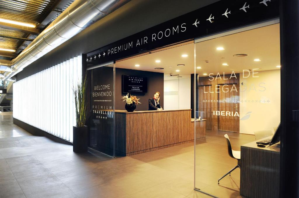 Sala Fumatori Tomba : Air rooms madrid airport by premium traveller madrid u2013 prezzi