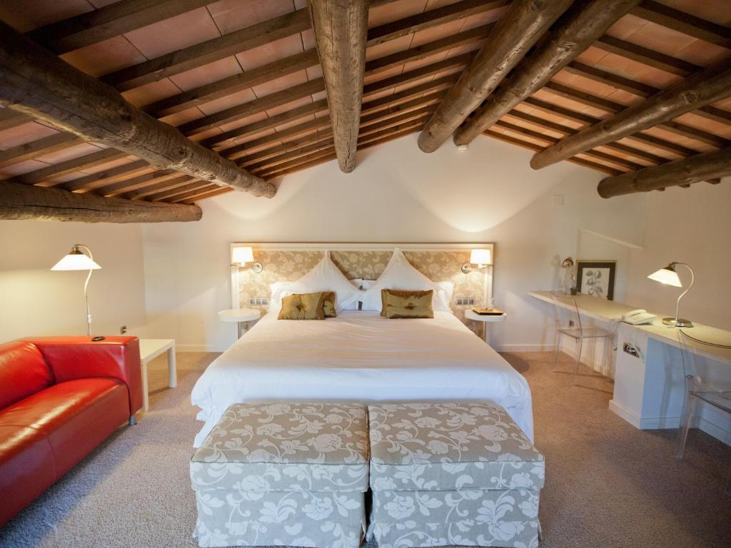 boutique hotels castelladral  14