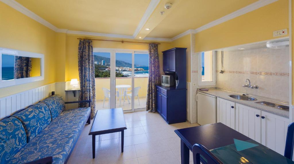 Apartamentos Teneguia, Puerto de la Cruz, Spain - Booking.com | La mejor imagen de apartamentos puerto de la cruz tenerife