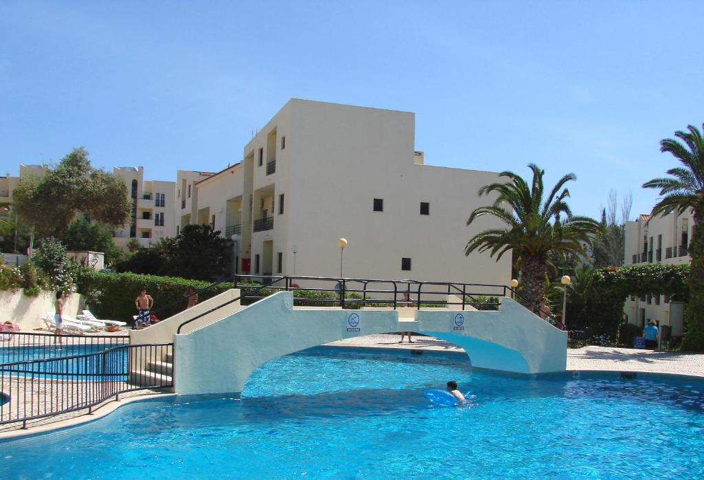 Appart 39 h tel clube alvorf rias portugal alvor for Appart hotel plaisir
