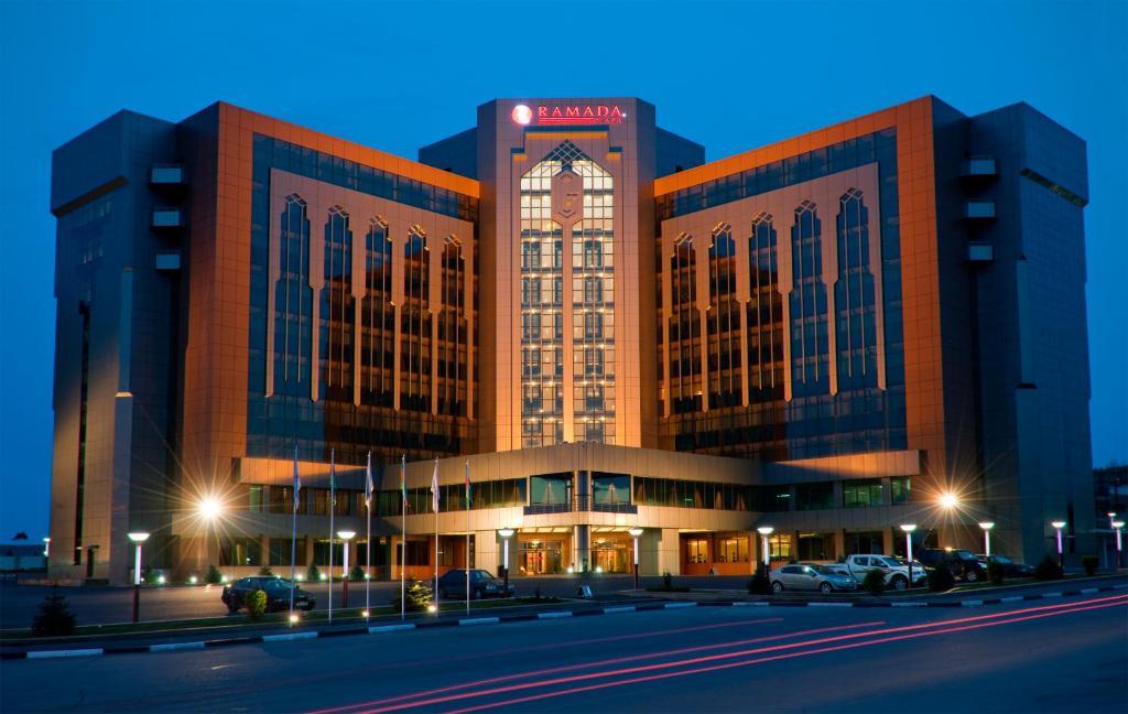 Hotel Ramada Plaza Gence Ganja Azerbaijan Bookingcom