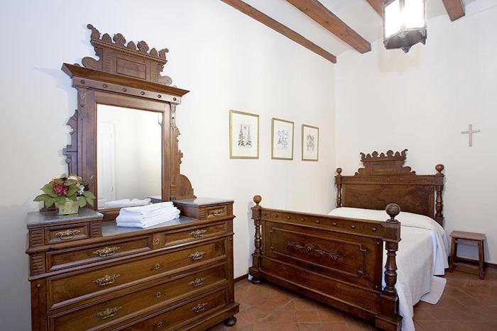 Casa de Férias Masia Escrigas (Espanha Santa María de Marlés ...
