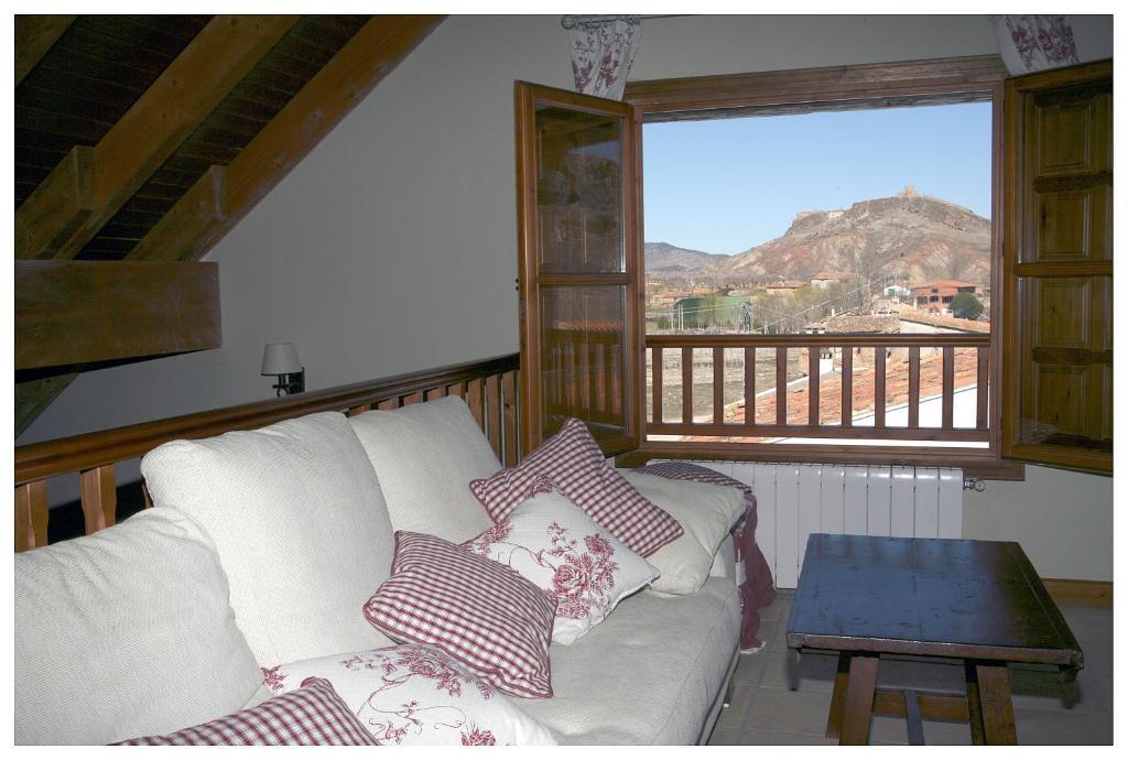 A bed or beds in a room at Tierras de Moya