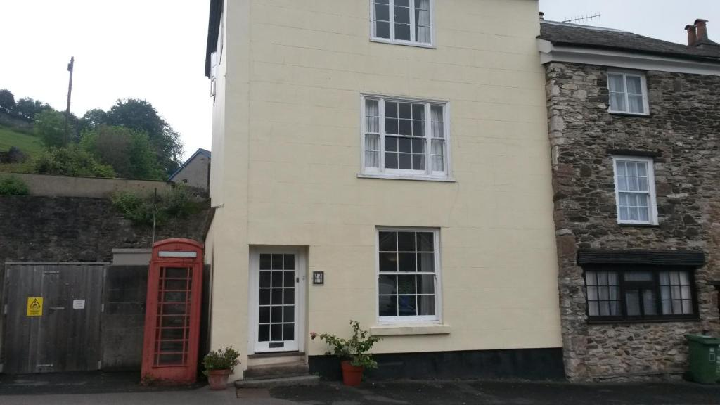 44 North Street Ashburton UK Rooms