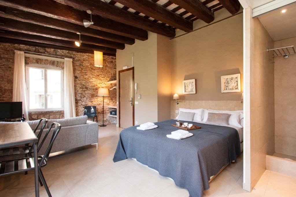 Deco apartments u born studios spanje barcelona booking