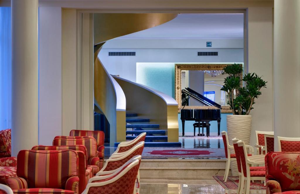 Hotel Bristol Buja