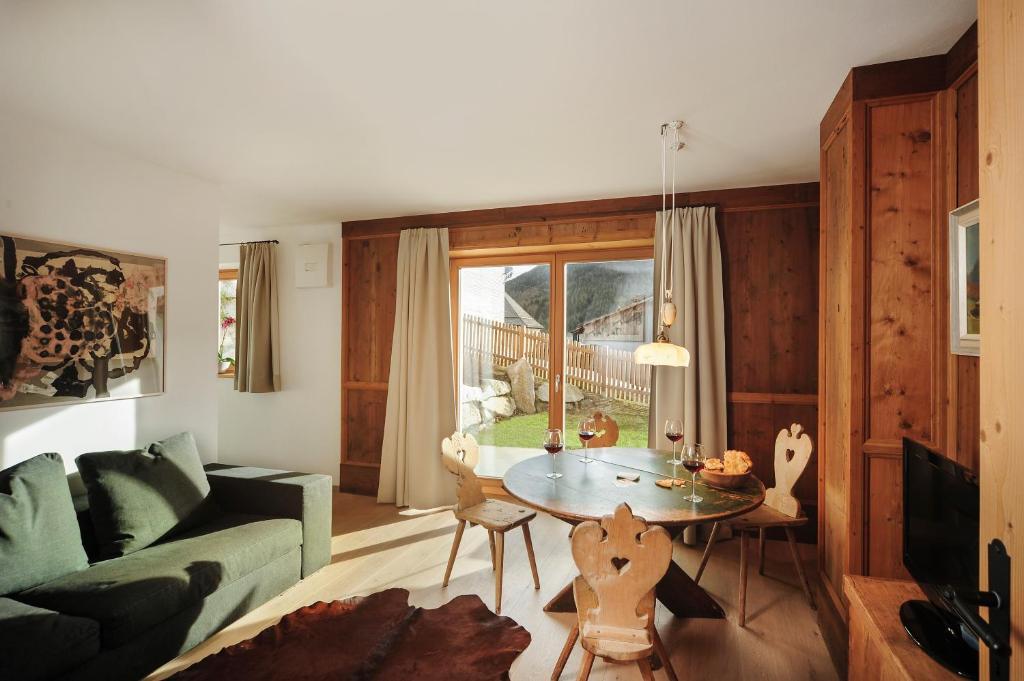Almrausch Apartments, Sesto – Prezzi aggiornati per il 2019