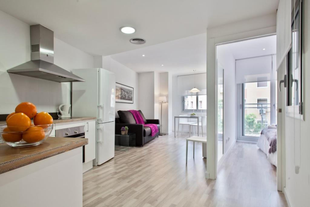 Resultado de imagen para apartamentos modernas en agua blanca