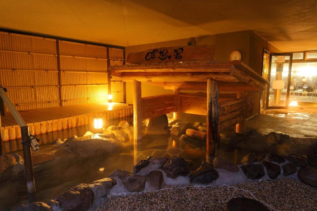 ポイント3.とろりとした泉質を楽しむ露天風呂