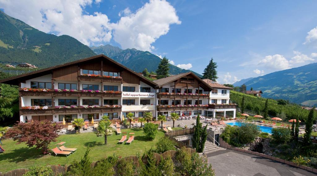 Hotel appartement inge italien dorf tirol for Design hotel dorf tirol