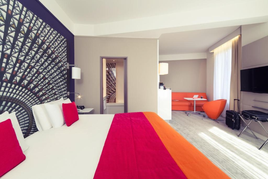 Un ou plusieurs lits dans un hébergement de l'établissement Mercure Nantes Centre Grand Hotel