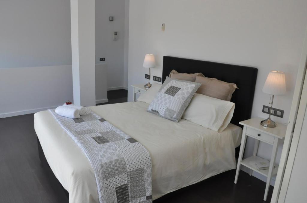 gran imagen de Apartament La Placeta Figueres