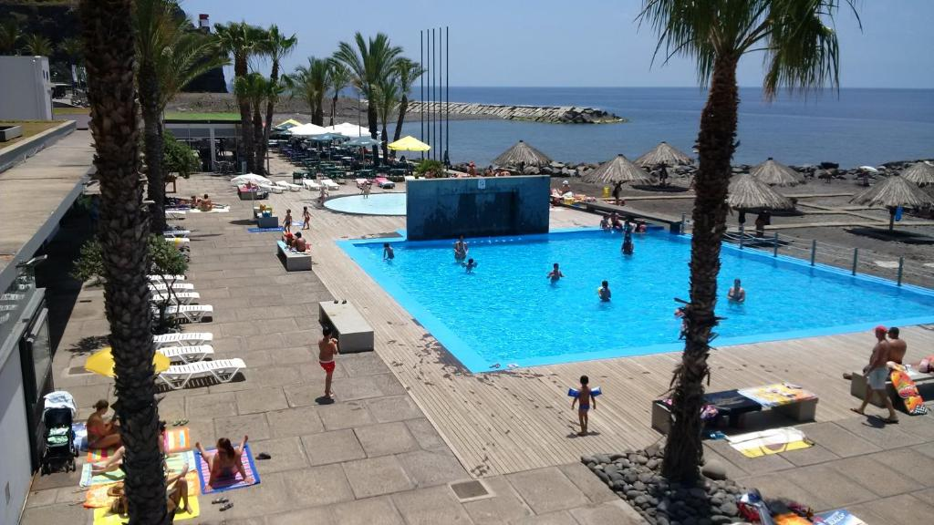 A view of the pool at Cheerfulway Bravamar Hotel or nearby