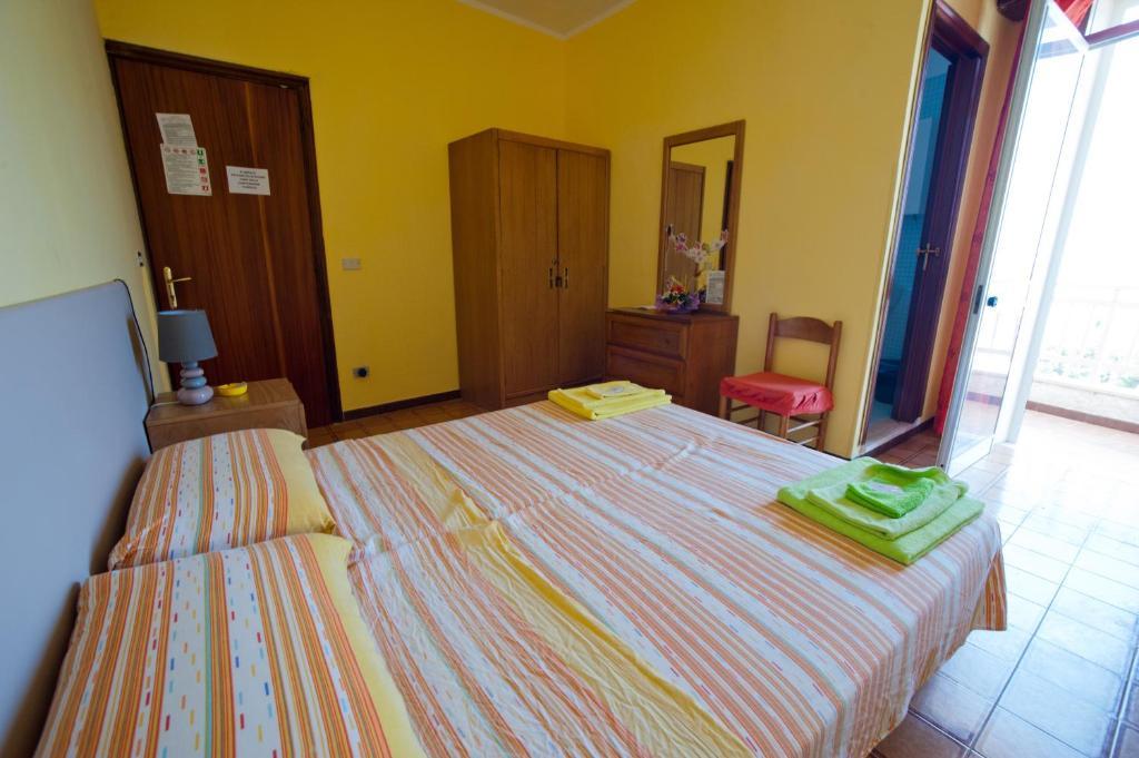 Hotel Sara, Santa Maria al Bagno, Italy - Booking.com