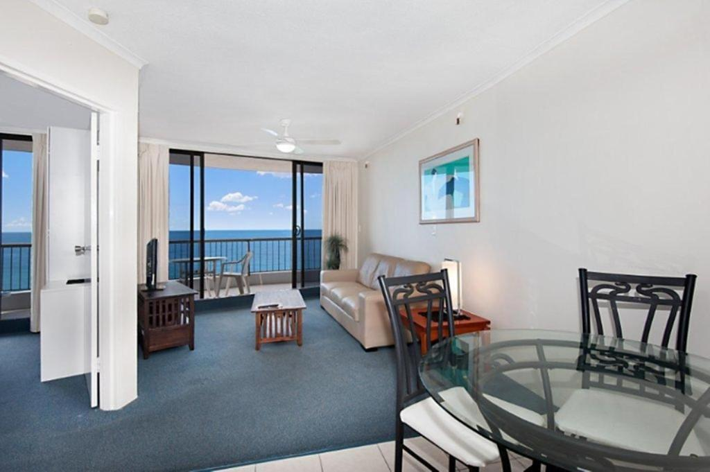 Surfers International Apartments, Gold Coast - Updated ...
