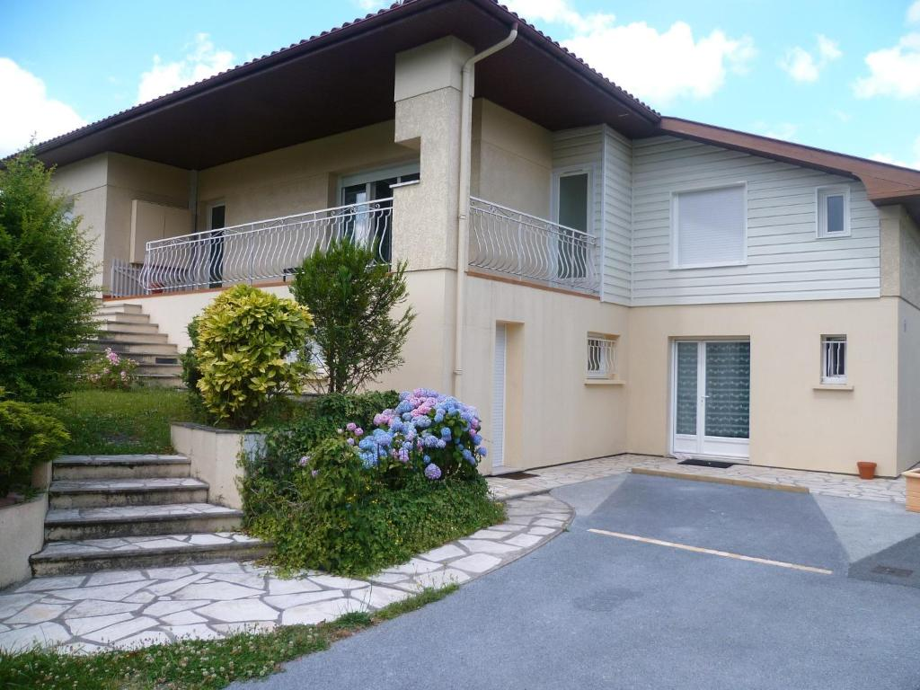 villa bordeaux-pessac haut-lévêque (france pessac) - booking