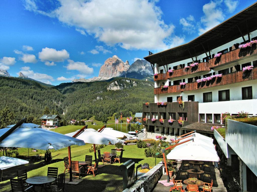 Air Service Center Cortina.Hotel Mirage Cortina D'ampezzo Italy Booking Com