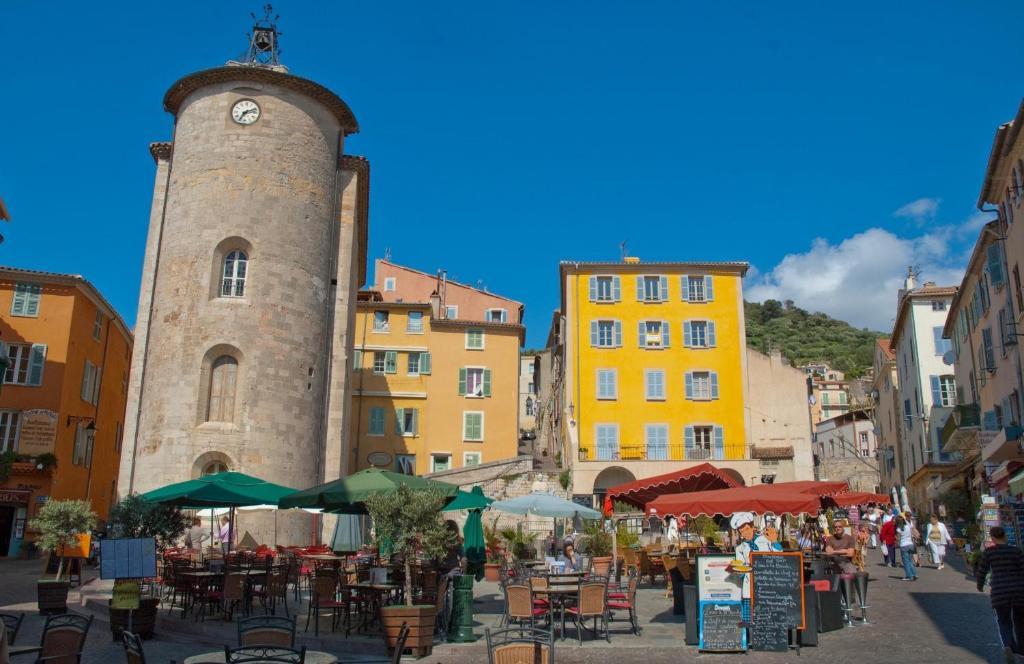 Htel Du Soleil Hyres France Bookingcom