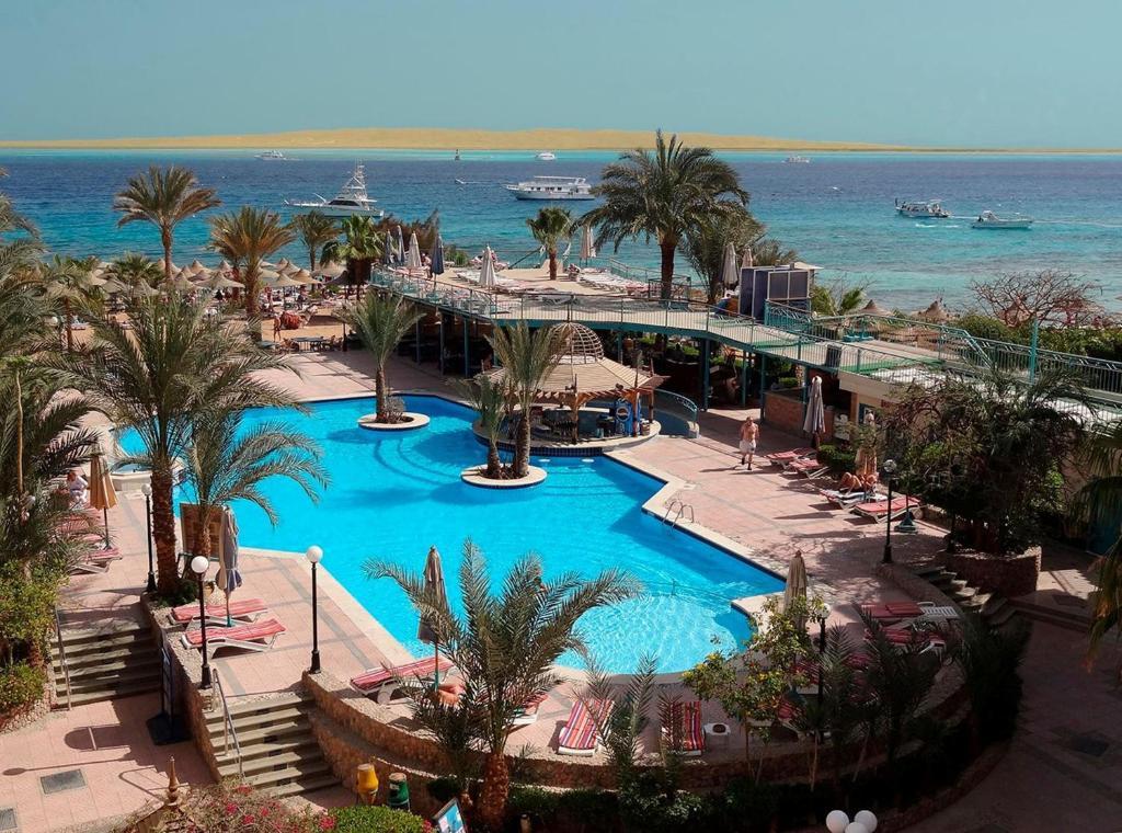resort bella vista hurghada egypt. Black Bedroom Furniture Sets. Home Design Ideas