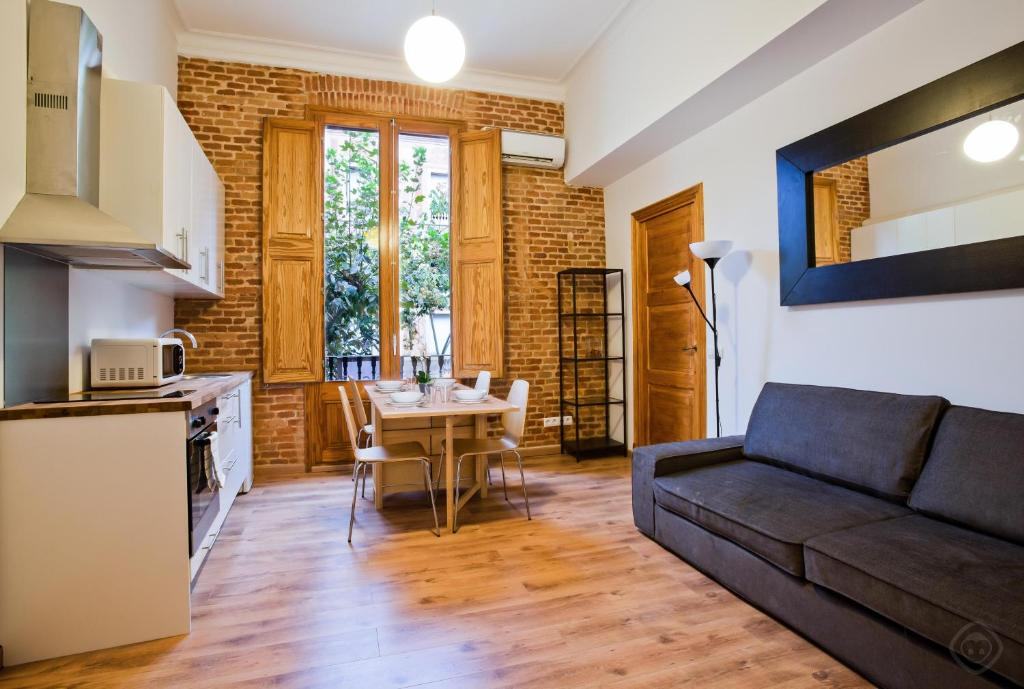 eixample consell de cent apartments barcelona spain booking com rh booking com