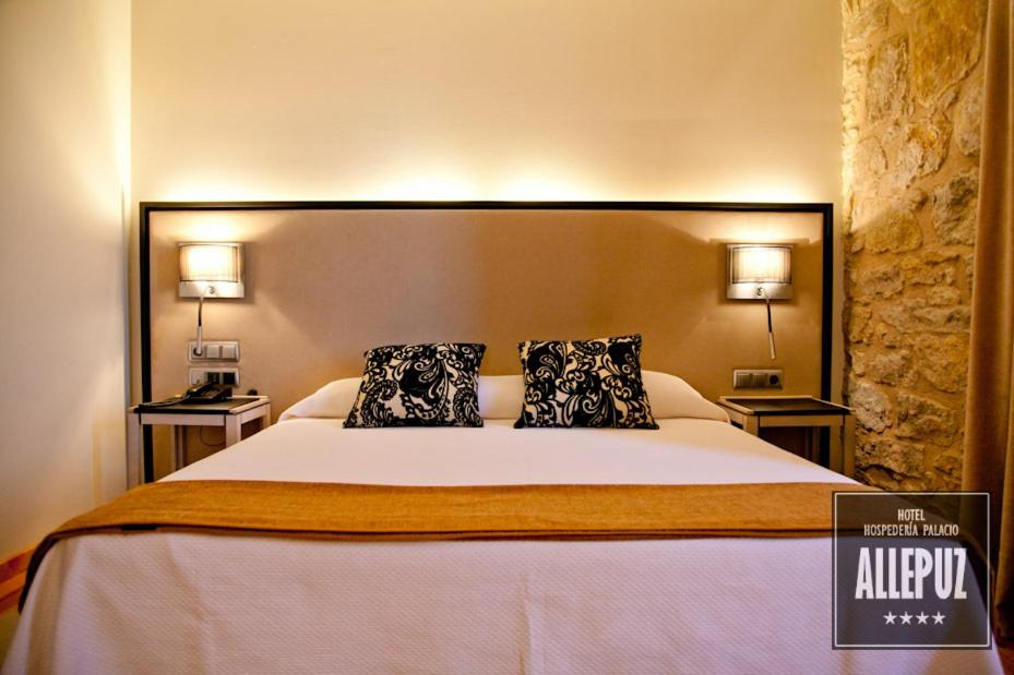 boutique hotels in allepuz  13