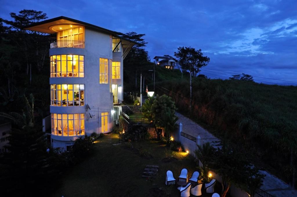 kandyan view holiday bungalow kandy sri lanka customcaremedical club u2022 rh customcaremedical club