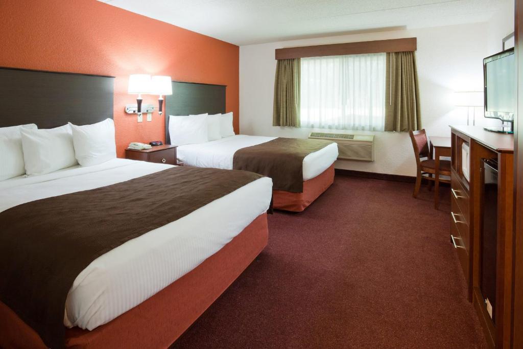 AmericInn by Wyndham White Bear Lake St. Paul, MN - Booking.com