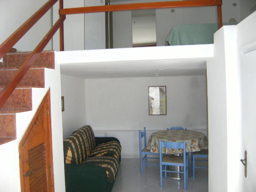 Casa Vacanze Magi Monolocale Magi 2 (Italia Ponza) - Booking.com
