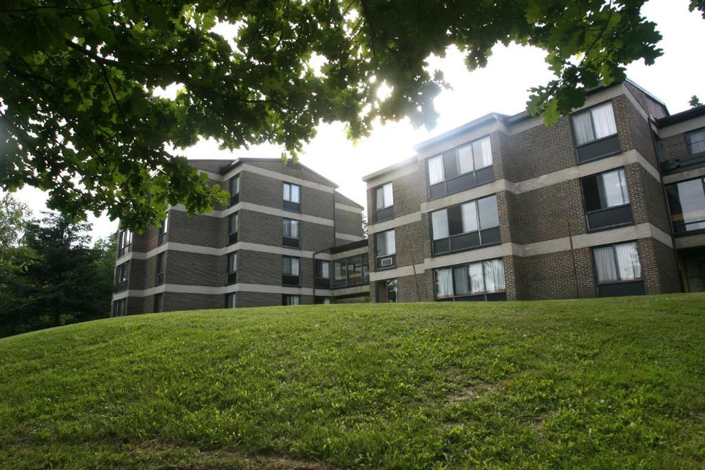 Appart 39 h tel r s universit sherbrooke canada sherbrooke - Residence les jardins de l universite ...