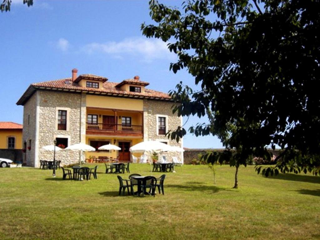 Apartments In Llames De Pría Asturias