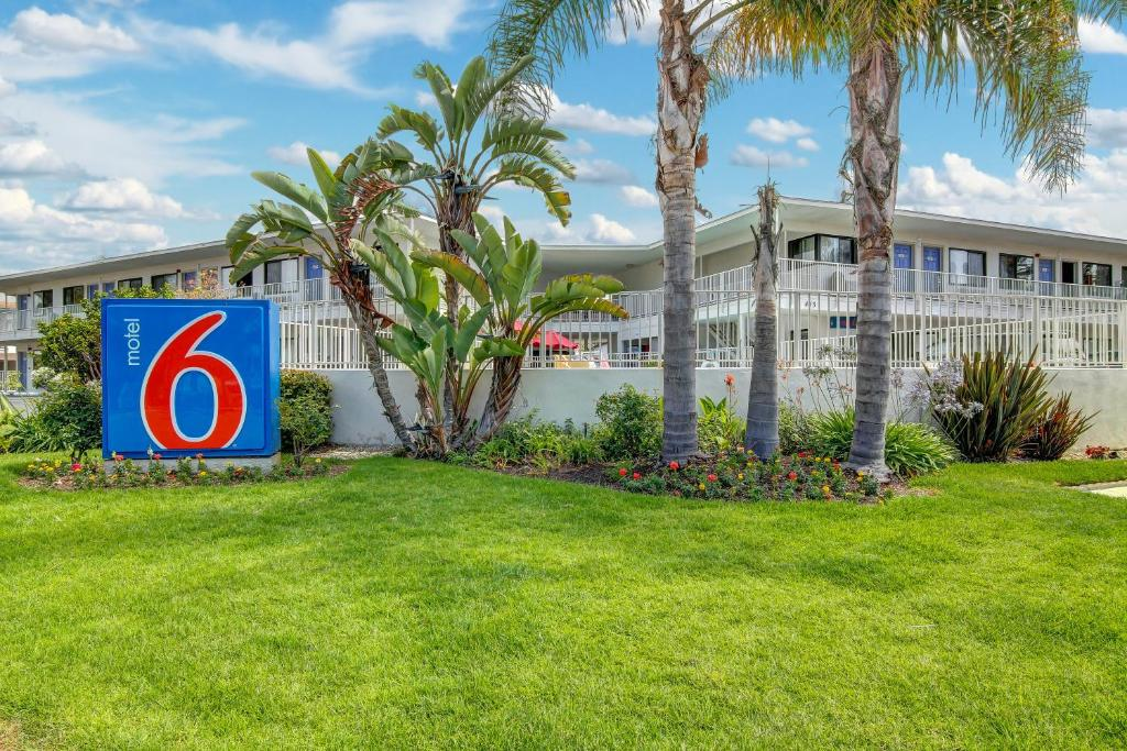 Motel 6 Santa Barbara Beach Reserve Now Gallery Image Of This Property