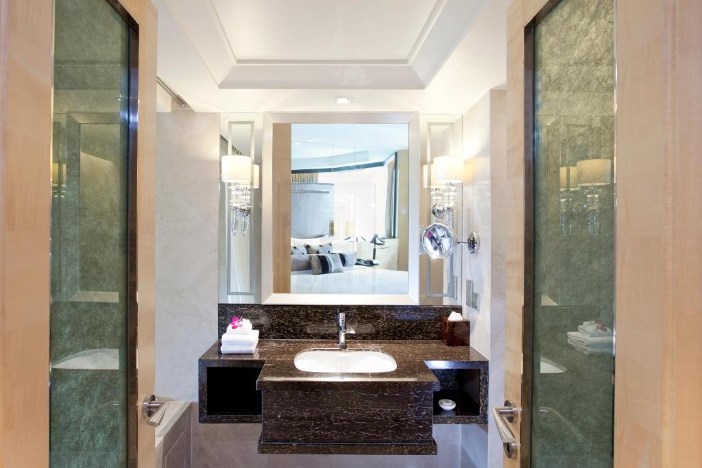 Dorsett Grand Subang Hotel Malaysia Subang Jaya Booking Com