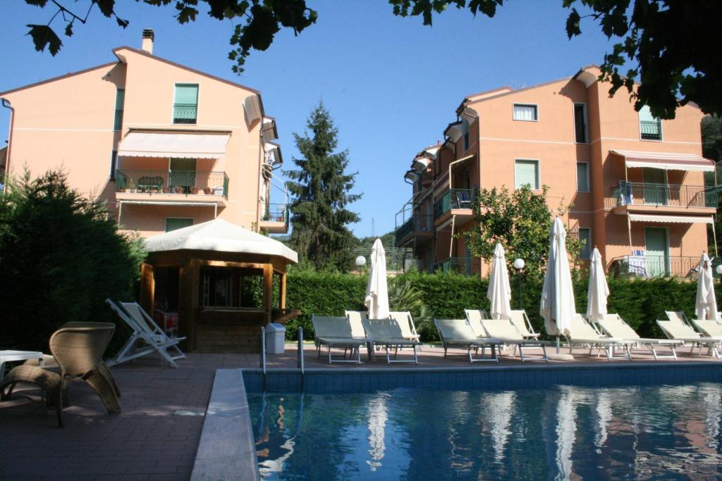 Nearby hotel : Residence Holidays