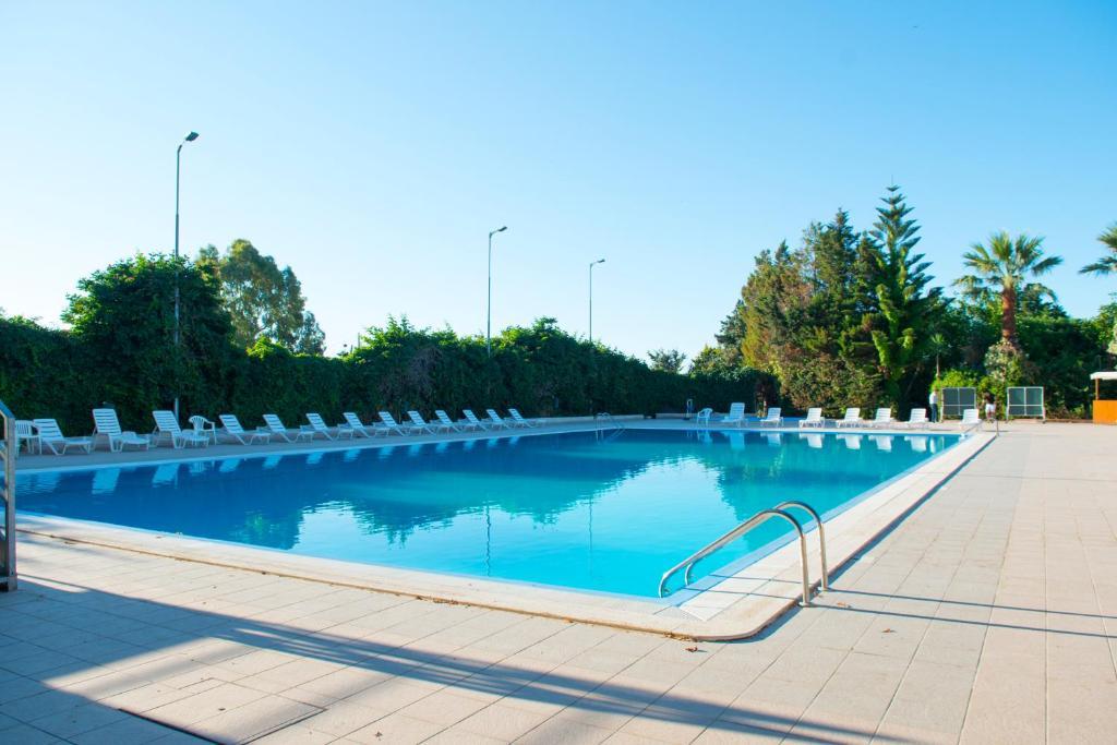 Hotel dei pini porto empedocle avec des avis - Hotel porto portugal avec piscine ...