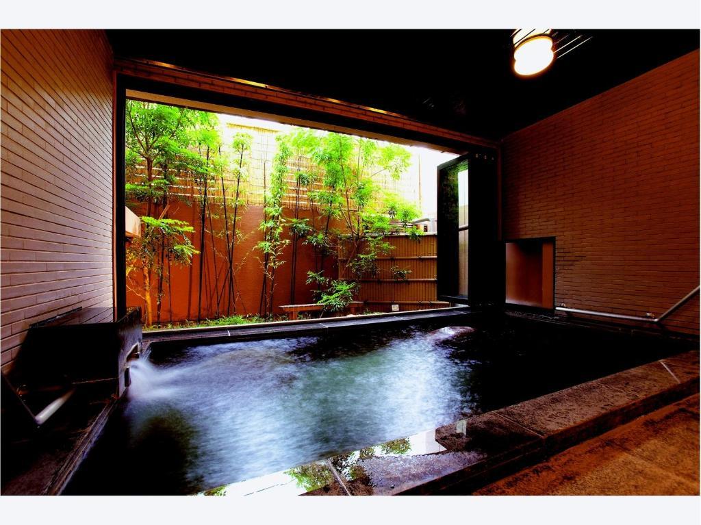 ポイント2.美肌の湯を楽しめる充実の温泉施設