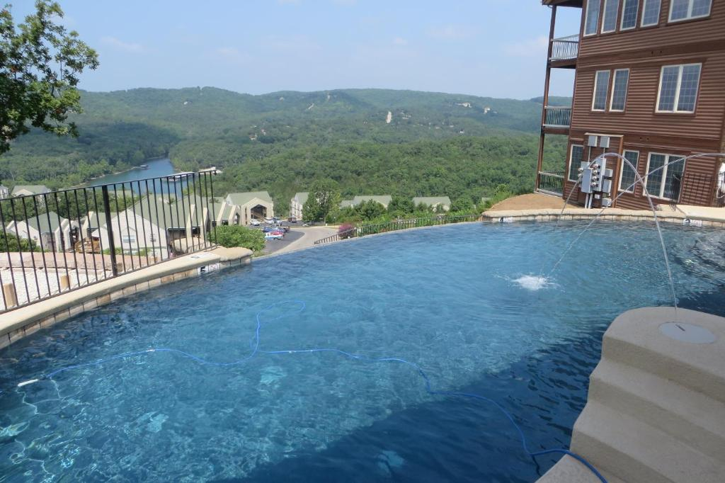 Cliffs Resort Table Rock Lake Branson MO Bookingcom - Table rock lake golf course