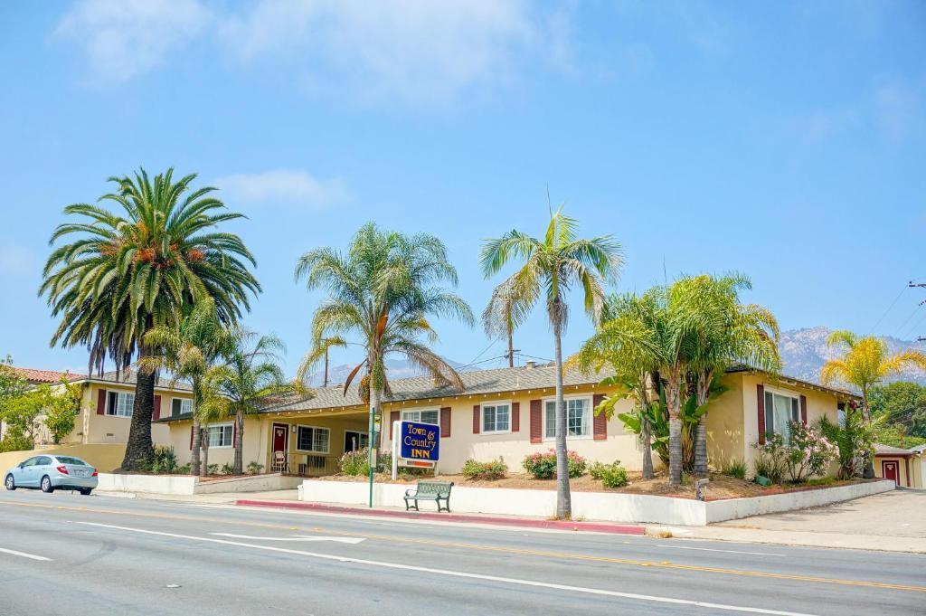 Town and Country Inn, Santa Barbara, CA - Booking.com