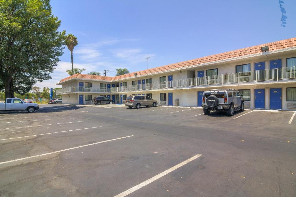 Motel 6 Simi Valley Ca Booking Com