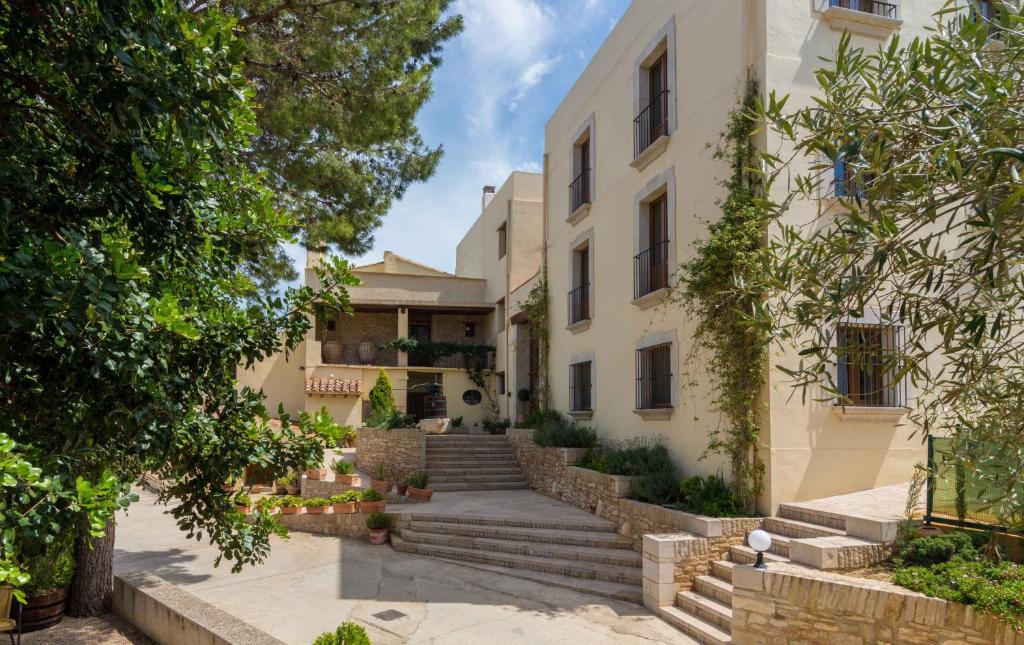 Apartments In Tirig Valencia Community