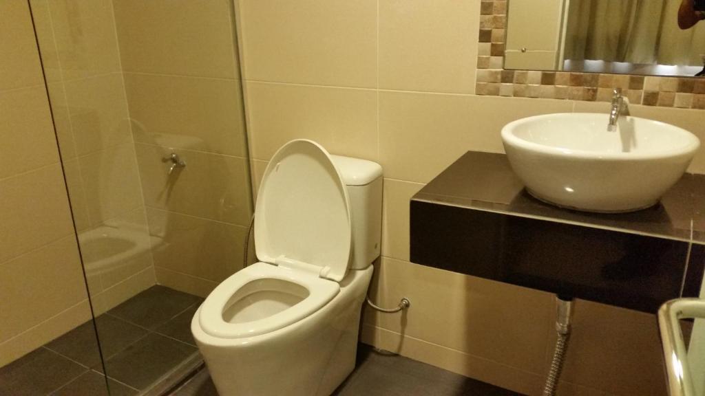 Bathroom Accessories Kota Kinabalu hotel sri iskandar, kota kinabalu, malaysia - booking