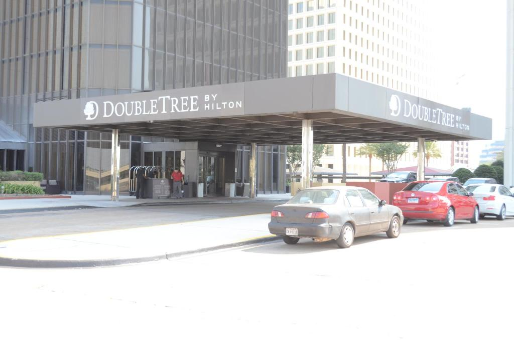 Doubletree By Hilton Hotel Houston Greenway Plaza Reserve Now Gallery Image Of This Property