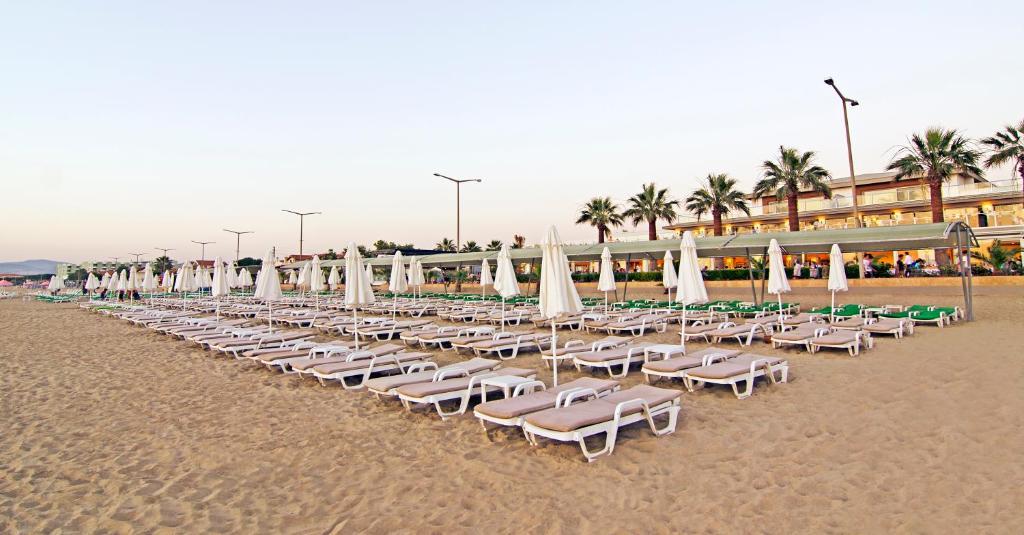 Αποτέλεσμα εικόνας για palm beach kusadasi
