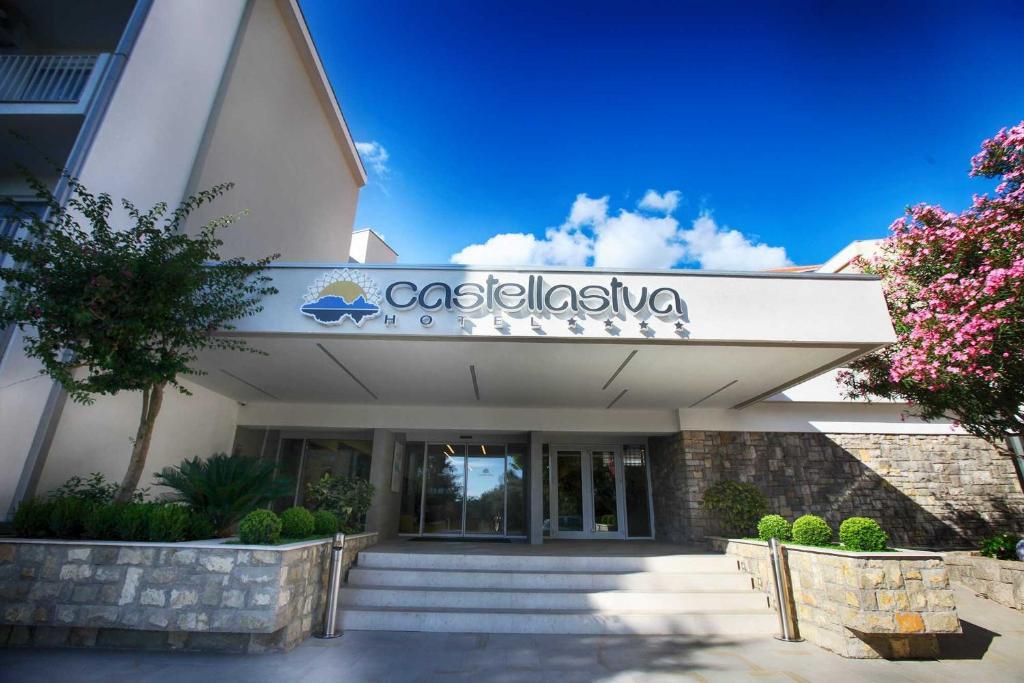 Hotel Castellastva Petrovac Na Moru Montenegro Booking Com