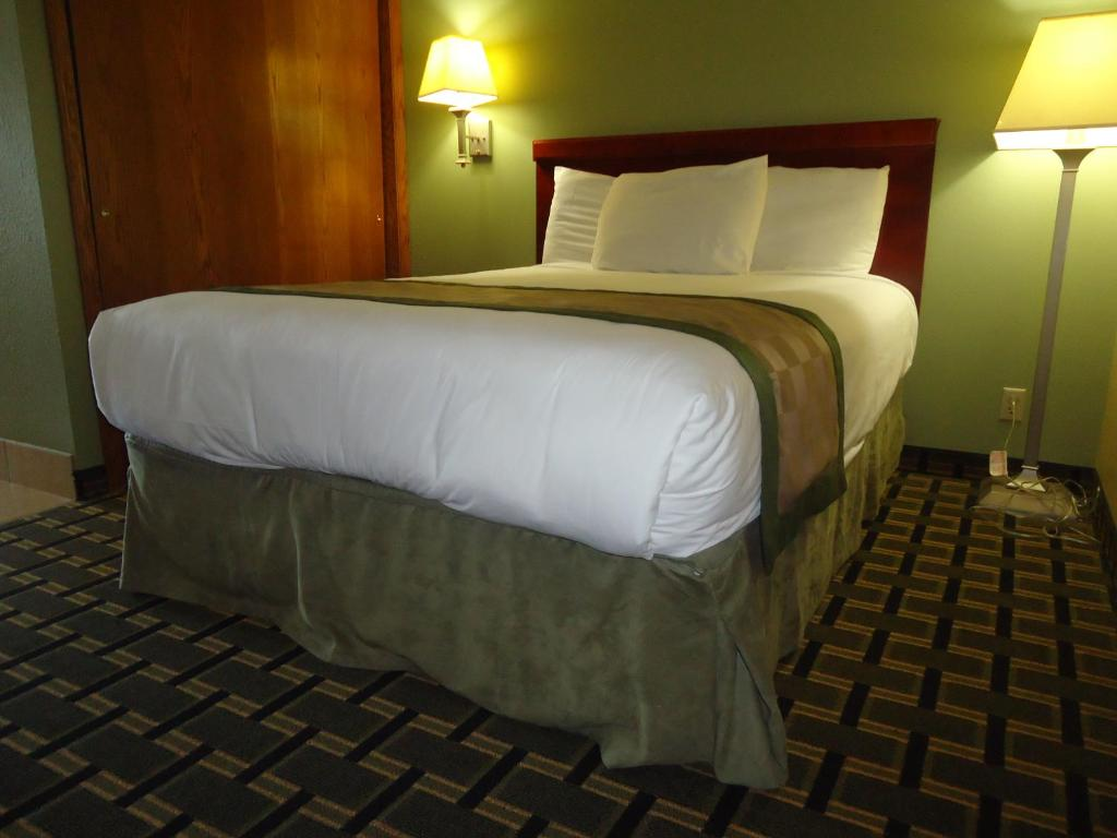 by staybridge states extended united express ne destinations hotels us holiday en lincoln suites ihg and nebraska inn stay