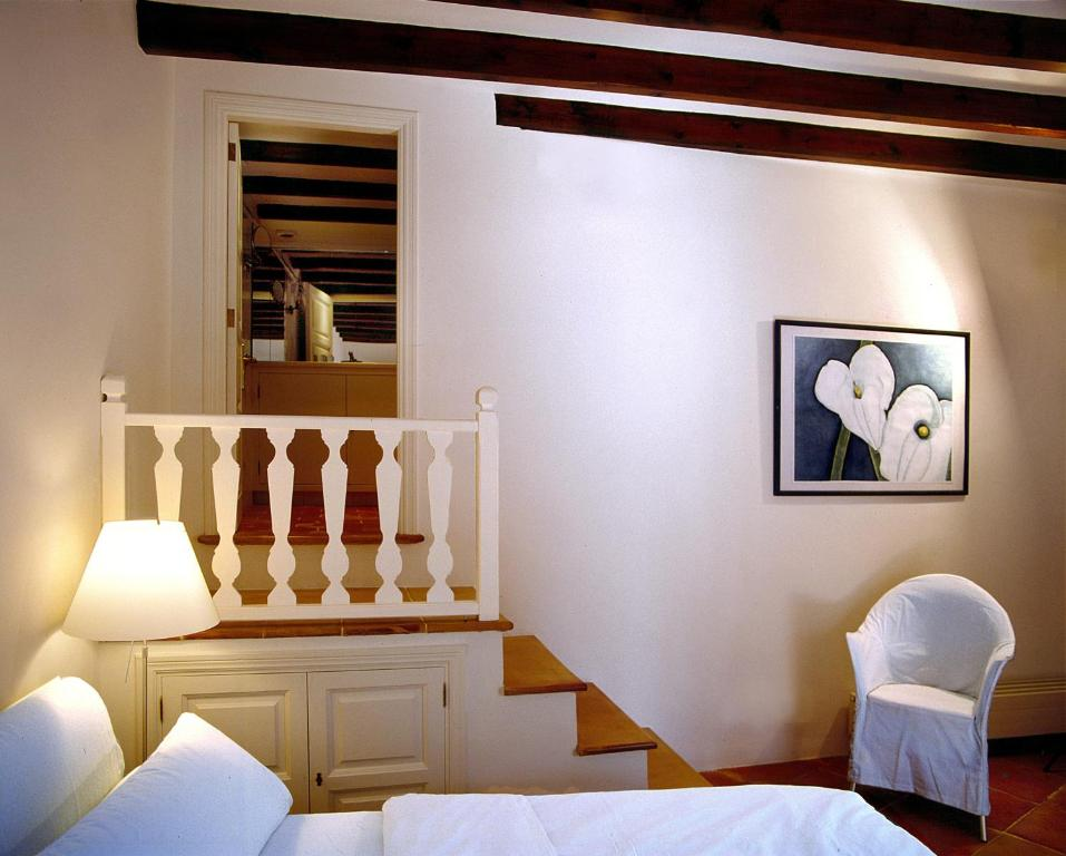 boutique hotels fornalutx  7