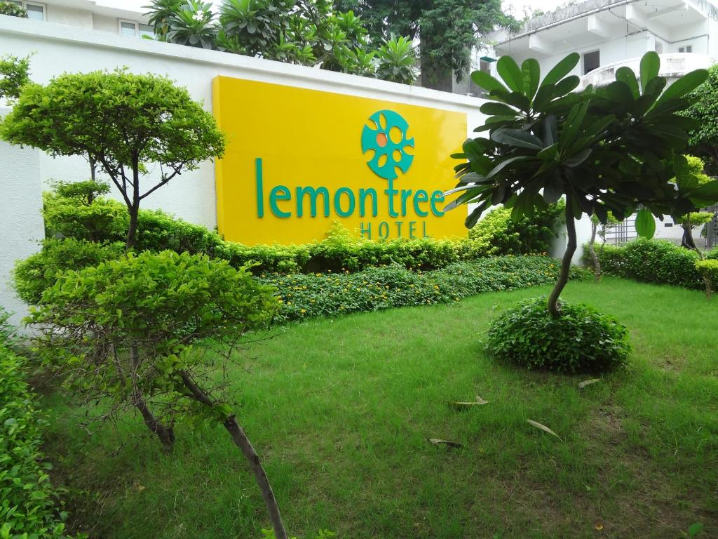 Hotel Green Lemon Hotel The Lemon Tree Ahmedabad India Bookingcom